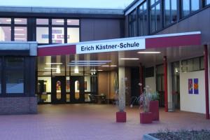 schule front